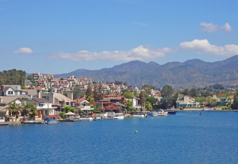 Tres Vistas Homes and Mallorca Condos on Lake Mission Viejo